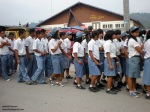 07-siswa-smu-menuju-lapangan-upacara