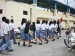 09-siswa-smu-menuju-lapangan-upacara
