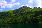 Riyanthi-Danau Toba-Batu Gantung1